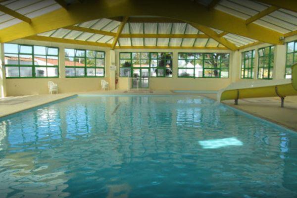 La piscine du camping Moncalm à Angles (Vendée)
