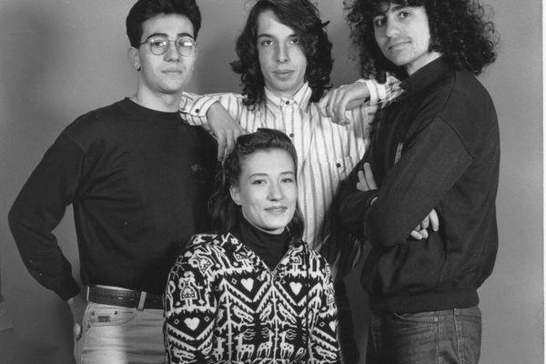 New Walking Blues : Stéphane Rivero au centre, à gauche Stéphane Ranaldi, à droite Fabrice Dutour, et la chanteuse Sylvaine Deschamps.