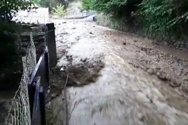 Coulée de boue à proximité de la résidence du couple Herman, mi-septembre 2021.