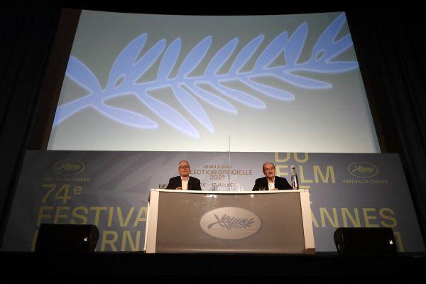 Thierry Frémaux, délégué général du Festival de Cannes et Pierre Lescure, directeur du Festival, conférence de presse d'annonce des films en compétition, 3 juin 2021.