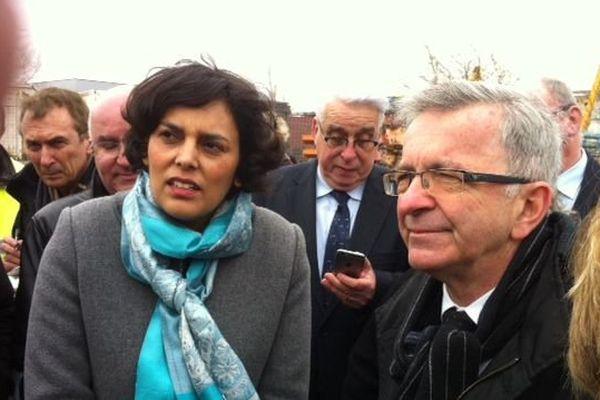Visite du ministre du Travail et de la Formation professionnelle Myriam El Khomri au centre de formation Promotrans à Ingré (Loiret), un site spécialisé dans le transport, la logistique ou la maintenance.