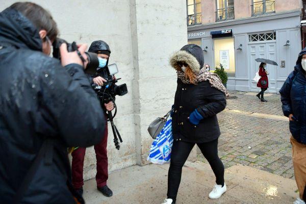 Cécile Bourgeon arrive à l'ouverture du 4ème procès de l'affaire Fiona à Lyon le 1er décembre.