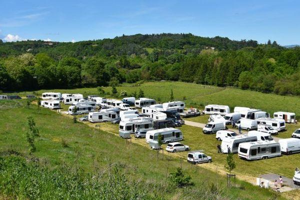 L'aire de grand passage de Montagny dans le Rhône, accueille chaque année près de 120 caravanes des gens du voyage, entre le 1er mai et le 30 septembre.