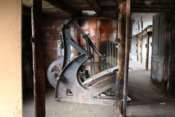 Glaceuse restée dans la Tannerie Ronzon de Saint-Symphorien-sur-Coise