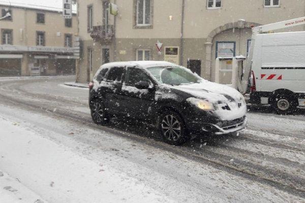 La neige lundi à Lacaune (81)