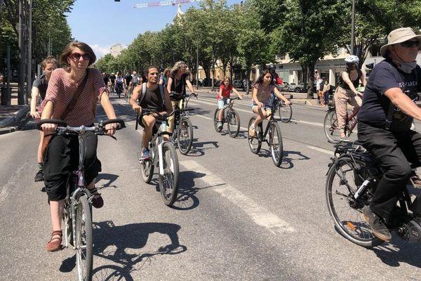 En France, le vélo représente 3% des trajets quotidiens.