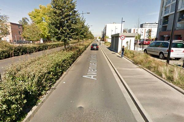 L'accident s'est produit avenue de Verdun à Roubaix.