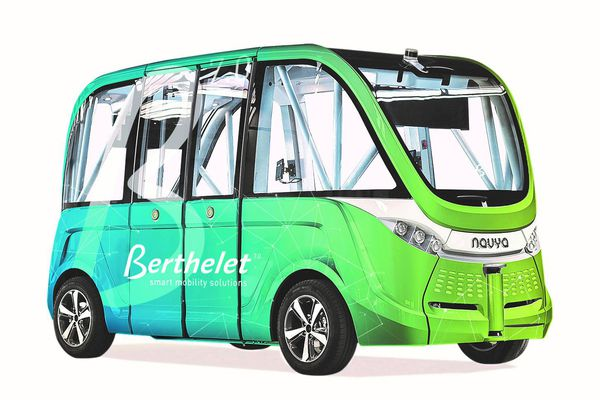 Berthelet et Navly unissent leurs forces pour un transport de voyageurs sur route sans chauffeur.
