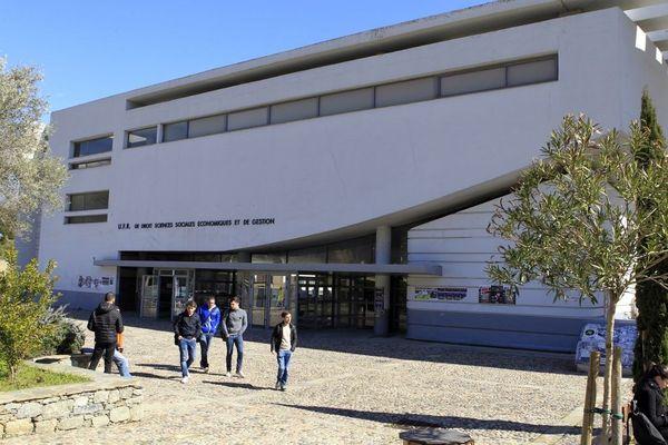 L'université de Corse a fermé ses portes le 29 octobre dernier pour cause de reconfinement. Au printemps dernier, l'établissement avait fermé une semaine avant les autres universités.