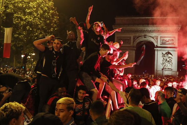 Dimanche 14 juillet après la victoire en demi-finale de l'Algérie, 169 personnes ont été interpellées à Paris et dans la petite couronne.