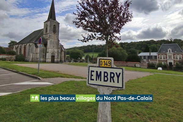 Le centre du village d'Embry