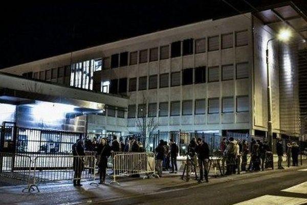 Le lycée Saint-Exupéry au soir du drame
