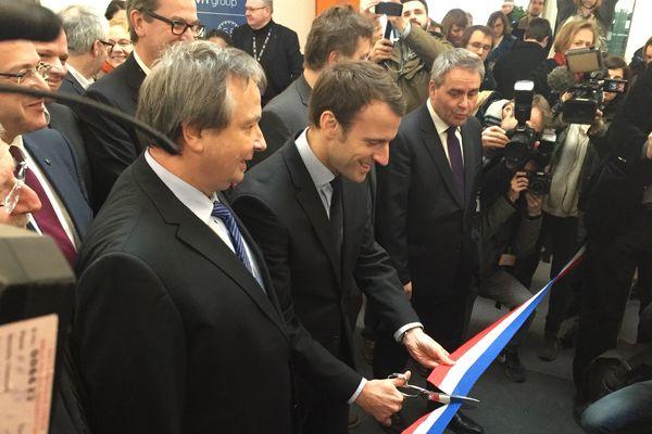 Emmanuel Macron inaugure le nouveau campus OVH à Roubaix