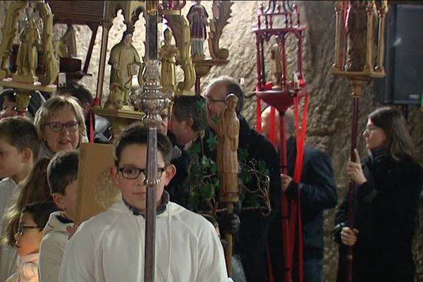 A Sancerre, les vignerons ont commencé à feter, dimanche, la St-Vincent, le patron des vignerons.