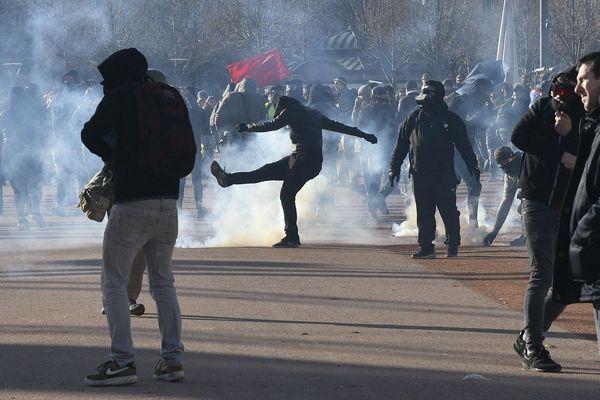 Débordements en marge de la manifestation contre la réforme des retraites à Lyon, le 10 décembre 2019.