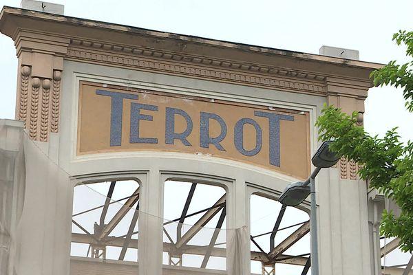 La façade de l'usine Terrot restera visible depuis le Boulevard Voltaire à Dijon