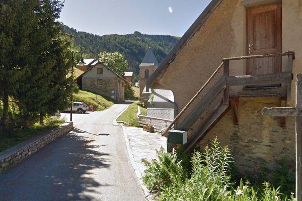 Le petit village de Villard-Reymond en Isère