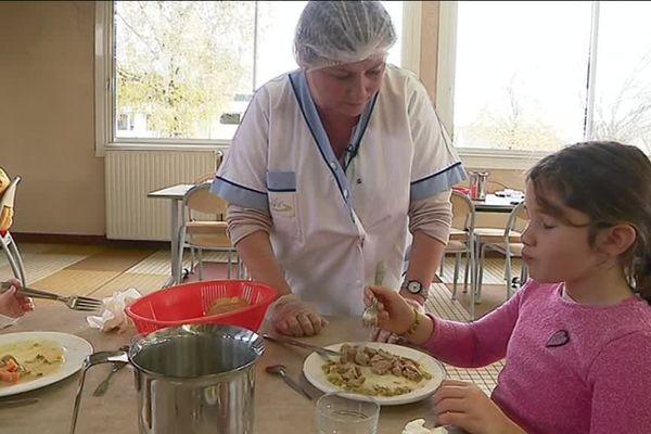 """Parmi les lauréats cette année du """"Défi assiette vide"""", l'école Pablo Picasso de Blainville-sur-Orne qui lutte contre le gaspillage alimentaire depuis 5 ans"""