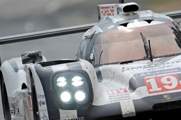 Hülkenberg-Bamber-Tandy remportent les 24 Heures du Mans. sur la Porsche N°19