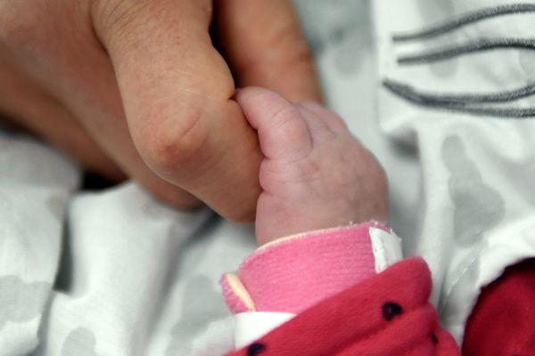 En Auvergne-Rhône-Alpes, 90 300 enfants sont nés en 2018 selon une étude publiée par l'Insee.