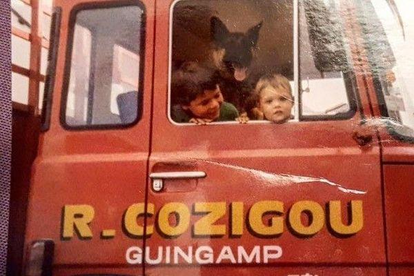 La camionnette historique de la famille Cozigou