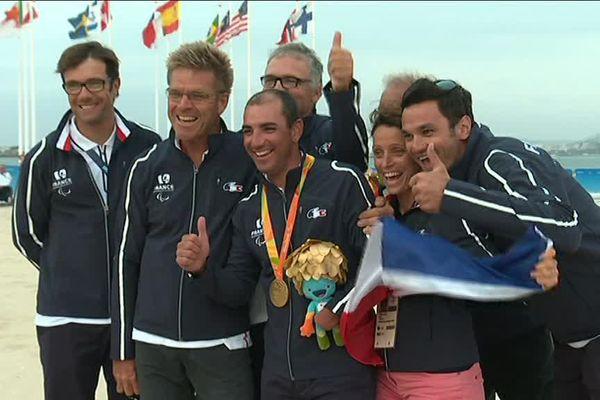 Damien Seguin a décroché une médaille d'or en voile à Rio. Le Nantais participait à ses 4ème JO. Il avait auparavant été médaillé d'or en 2004 à Londres et médaillé d'argent à Pékin, en 2008.