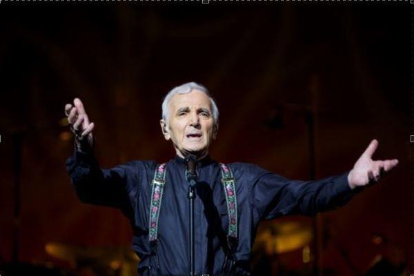 Charles Aznavour tournée 2015