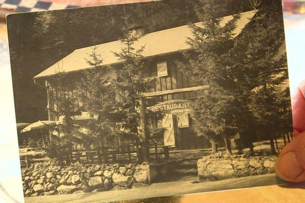 Archive de l'hôtel Les Mélèzes à Casterino, il y a plusieurs dizaines d'années.