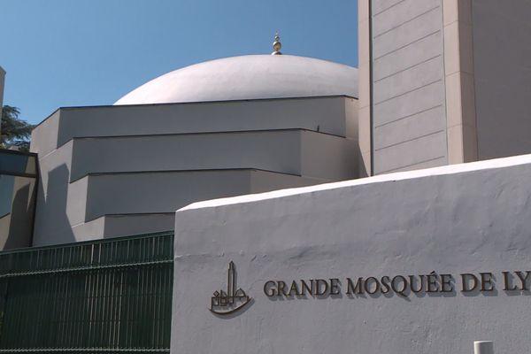 A Lyon, de puis des dizaines d'années, judaïsme, islam et catholicisme vivent en bonne intelligence grâce à une entente entre ses principaux représentants
