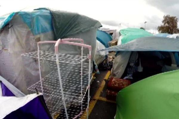 Situation inquiétante à l'approche de l'hiver au camp de Blida