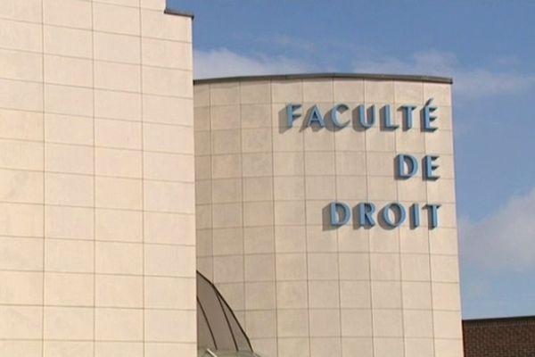 Quatre étudiants n'ont pas pu passer le concours de greffier à la faculté de droit de Douai.