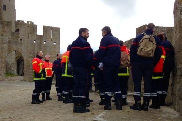 Echange d'expériences entre pompiers de l'Aude et du Vaucluse, pour mieux appréhender les modes d' interventions en milieu historique, comme à la cité de Carcassonne
