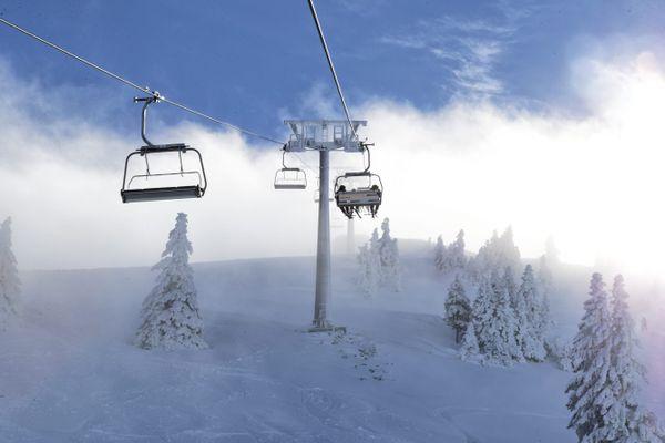 Les remontées mécaniques vont pouvoir fonctionner à plein régime cet hiver pour le plus grand plaisir des amateurs de ski.