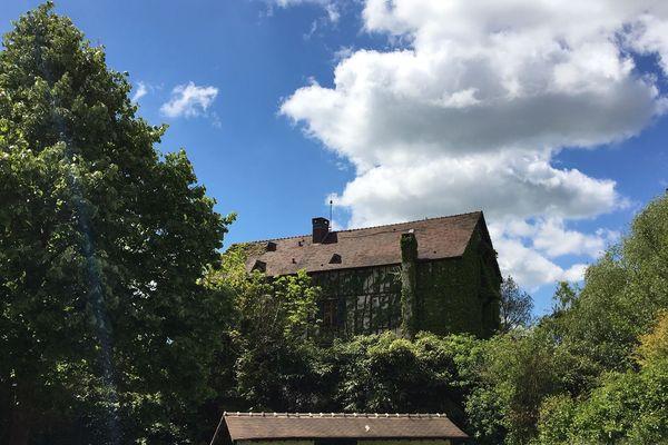 """Le Moulin de Cossy à Giverny dans l'Eure est présent dans le dossier de """"fraude fiscale"""" des époux Balkany."""