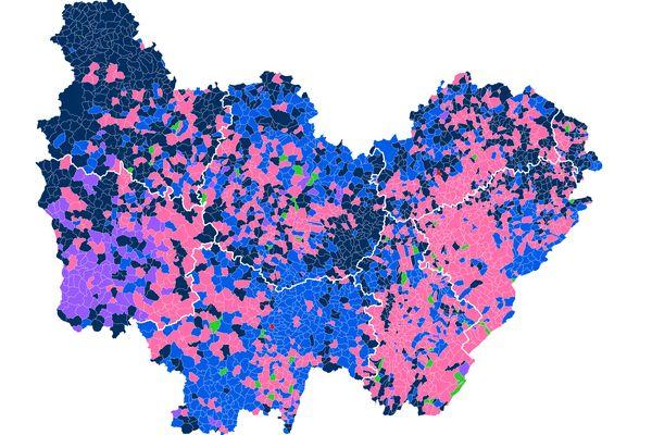 Le premier tour des élections régionales 2021 en Bourgogne-Franche-Comté a placé la présidente sortante Marie-Guite Dufay en tête.