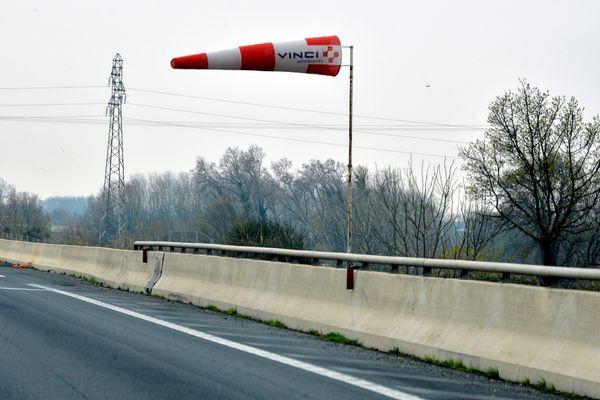 Météo France a placé le département de l'Allier en vigilance orange, lundi 4 mars, en raison de vents violents Localement, on attend des rafales jusqu'à 110 km/h.(Photo d'illustration).