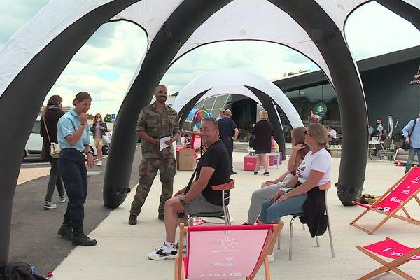 Les vacanciers testent des techniques de respiration, utilisée par l'Armée.