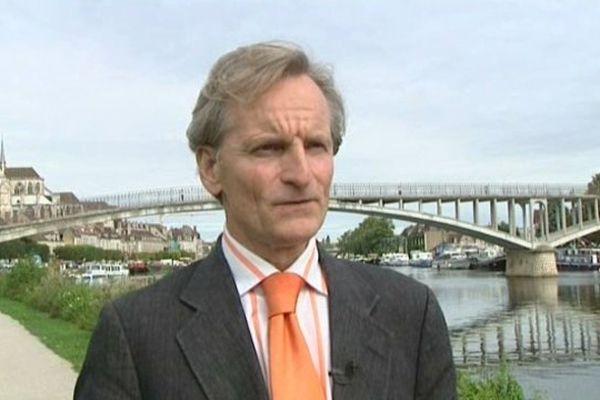Guy Férez candidat à un troisième mandat de maire d'Auxerre