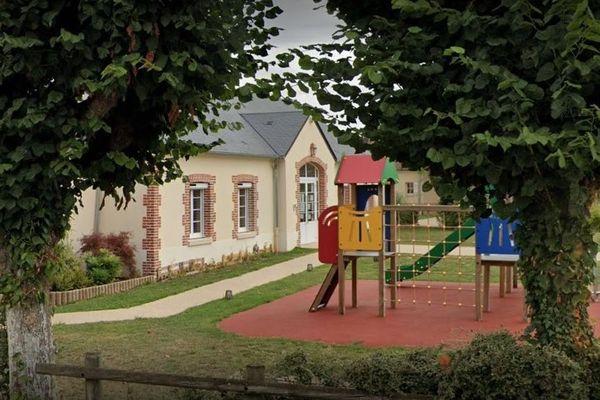 A Courcelles-lès-Gisors dans l'Oise, le périscolaire du matin et du soir sera maintenu à partir du 22 juin, sauf le mercredi. Mais il n'y aura pas de cantine en raison du nouveau protocole sanitaire de l'Education nationale.
