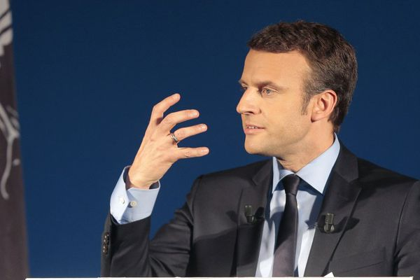 Emmanuel Macron lors d'un meeting dans le cadre de la campagne de l'élection présidentielle, à Furiani (Haute-Corse) le 7 avril 2017.