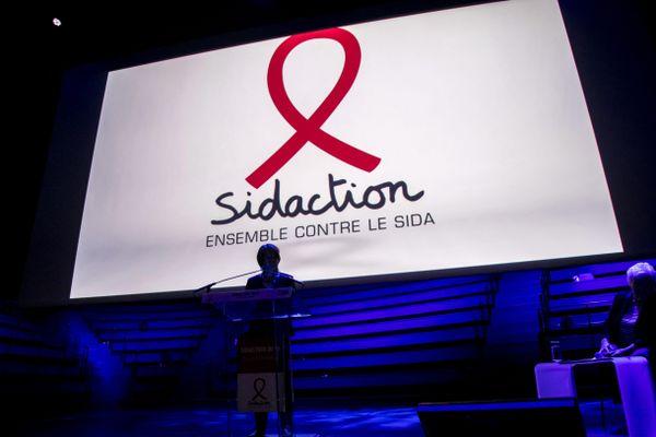 Le Sidaction a commencé ce vendredi 26 mars et se poursuit jusqu'au 28 mars. Il est possible de faire des dons en ligne pour aider les associations.