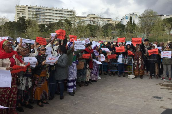 07/04/2019 - Manifestation à Marseille de la communauté comorienne contre la réélection controversée, le mois dernier, du président Azali Assoumani.