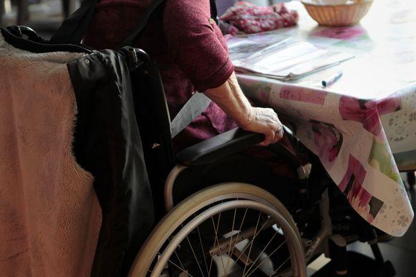 Le préfet de la Savoie demande aux communes de recenser les personnes âgées et vulnérables. Photo d'illustration.