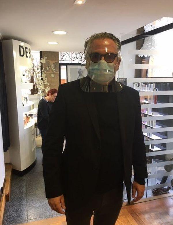 David-Charles Arrivé, masque et visière sur le visage, prêt pour la première coupe !