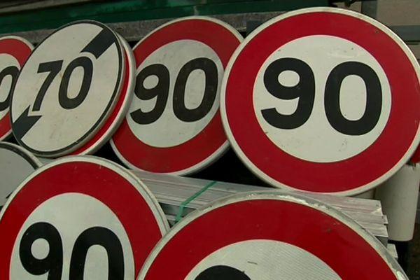 Ces panneaux reviendront peut-être sur les routes de Charente.