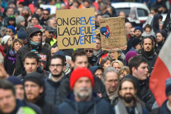 Manifestation contre le projet de réforme des retraites, le 11 janvier 2020 à Nantes