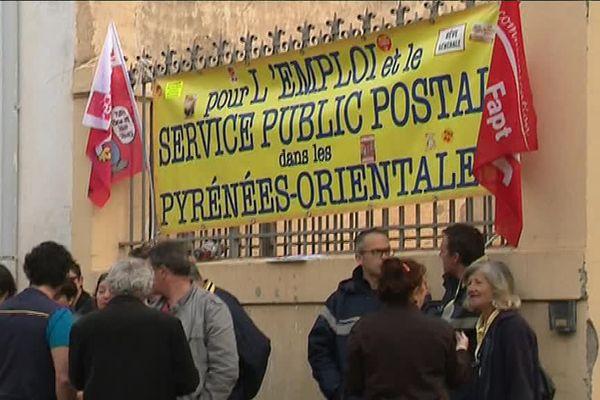 Les postiers de Rivesaltes sont de nouveau en grève pour dénoncer le non respect du protocole d'accord signé en juillet 2016 -10 mai 2017