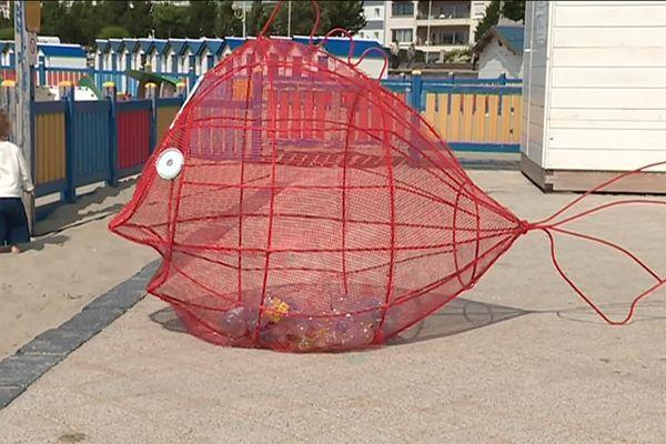 La plage de Boulogne-sur-Mer est la première du littoral à adopter le tri, à s'engager pour le zéro plastique et le zéro mégots.