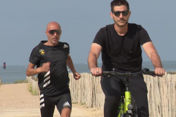 Deux kinés, deux podologues et un directeur de course accompagnent Hamid Belhaj, le marathonien de l'extrême.
