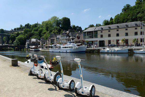 Les gyropodes, une façon de découvrir les villes de façon originale. A Dinan mais aussi à Saint-Brieuc.